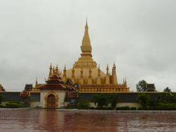 laos-destination-vte-that-luang.jpg